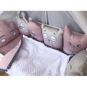 Комплект бортиков в кроватку «Зверушки пудрово-серые №2» на 3 стороны