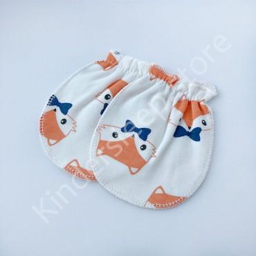 Царапки варежки (рукавички) для мальчика Лисички, Белые