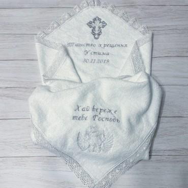 Крыжма крестильная с вышивкой в двух углах