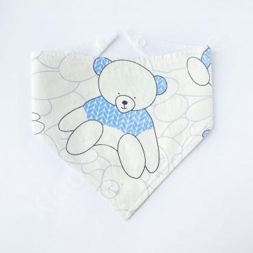 Слюнявчик непромокаемый «Мишка в голубом свитере» цвет Белый