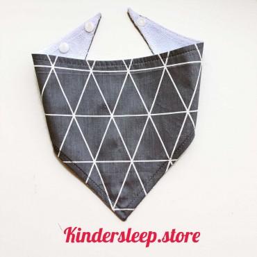 Слюнявчик непромокаемый «Треугольники» цвет Серый