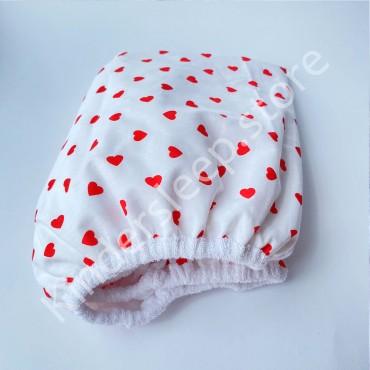 Наматрасник непромокаемый на резинке в детскую коляску 76x32 Сердечки красные, Белая