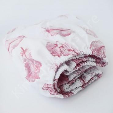 Простынь на резинке в коляску 76x32 Бязь «Перья розовые» Белый
