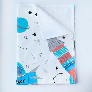 Непромокаемая пеленка 70х50 см, Сатин, «Space» белая