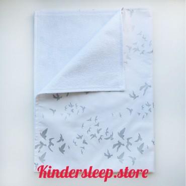 Непромокаемая пеленка «Птички» с глиттером