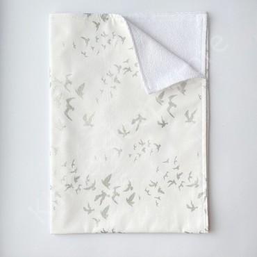 Непромокаемая пеленка 70х50 см, Бязь, «Птички» с глиттером