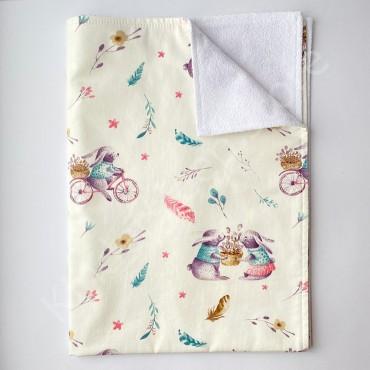 Непромокаемая пеленка 70х50 см, Сатин, «Зайчики на волосипеде»