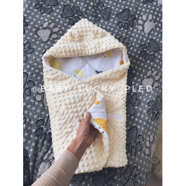Конверт для новорожденного «Тучки с жёлтым плюшем»