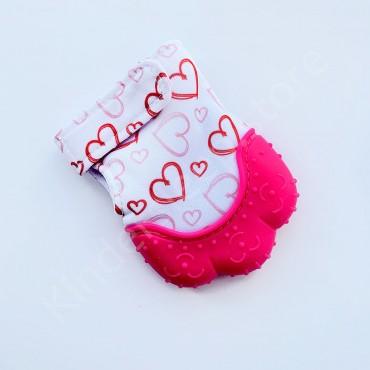 Перчатка грызунок (митенка), прорезыватель для зубов Розовый в сердечки